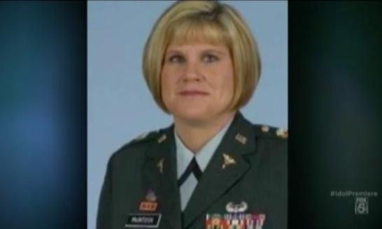 Soldier's Daughter Brings 'American Idol' Judges to Tears ...