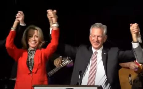 Tiommy Tuberville and wife celebrate election victory