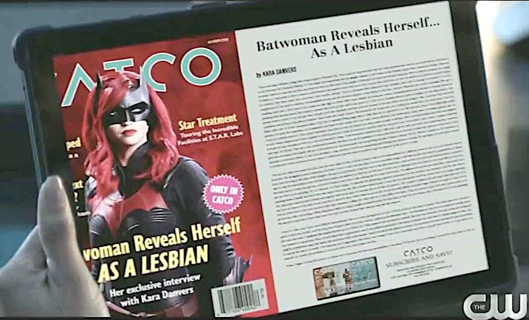 Gay Superhero 'Batwoman' Comes Out As Openly Gay in 'Historic' Reveal