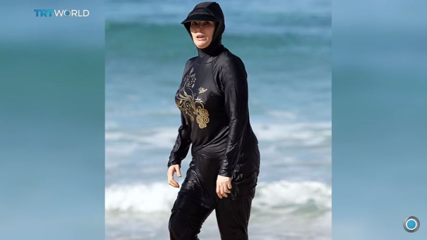 Nyt wallows over farcical burkini bans preventing for Farcical in french