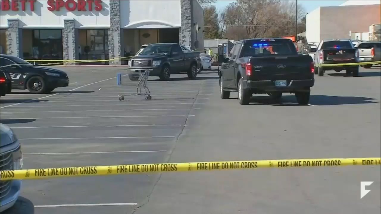 UNews Omits 'Good Guy With a Gun' From Report on OK Walmart Shooting