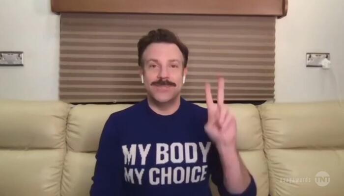 SAG Award Winner Jason Sudeikis Sends Pro-Abortion Message with Gucci Sweater